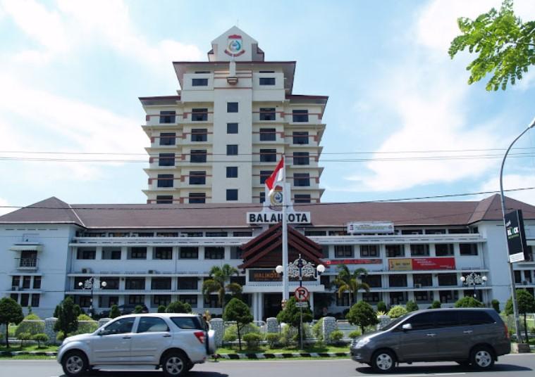 24 Pegawainya Terpapar Covid-19, Satu Meninggal,  Kantor Balai Kota Makassar Lockdown