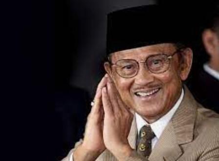 85 Tahun Almarhum BJ Habibie, Ini Jasanya bagi Demokrasi Indonesia