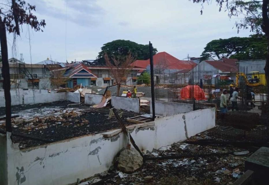 Ada Oknum Berupaya Kaburkan Penyebab Kebakaran Kampus Teknik Unanda