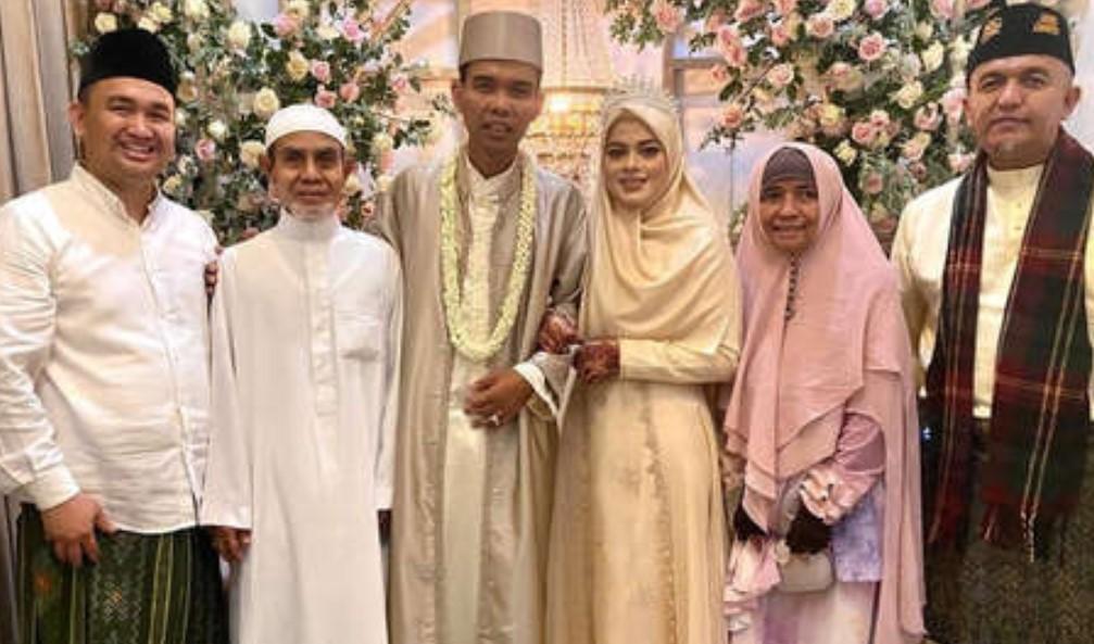 Akad Nikah Berlangsung Sederhana, UAS Resmi Jadi Suami Fatimah Az Zahra