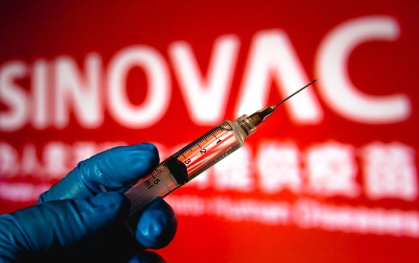 Akhrinya Arab Saudi Setujui Vaksin Buatan Sinovac dan Sinopharm, Tapi...