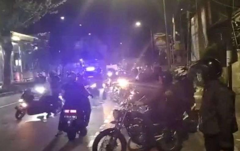 Anggota Paspampres Cekcok Dengan Polisi di Pos Penyekatan PPKM
