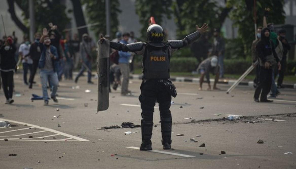 Aniaya Jurnalis, DPR Desak Kapolri Tindak Tegas Anggota