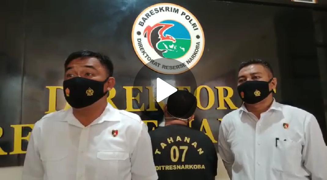 BERITA VIDEO: 590 Gram Narkotika Berhasil Disita Polda Sultra Dari Pengedar Jaringan Kaimantan