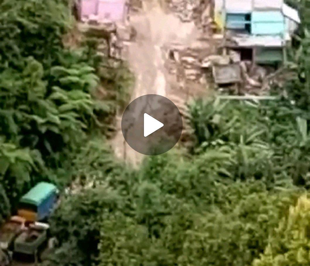 BERITA VIDEO: Longsor yang menenggelamkan Rumah di Desa Battang Poros Toraja Palopo (1)