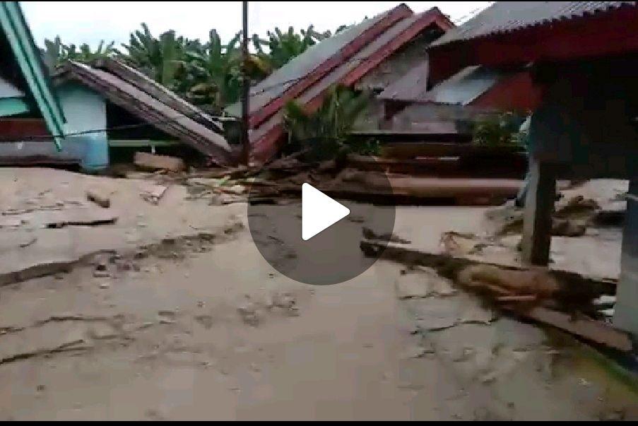 BERITA VIDEO: Memilukan!, Penampakan Akibat Banjir Masamba, Masjid & Rumah Warga Dipenuhi dengan Lumpur
