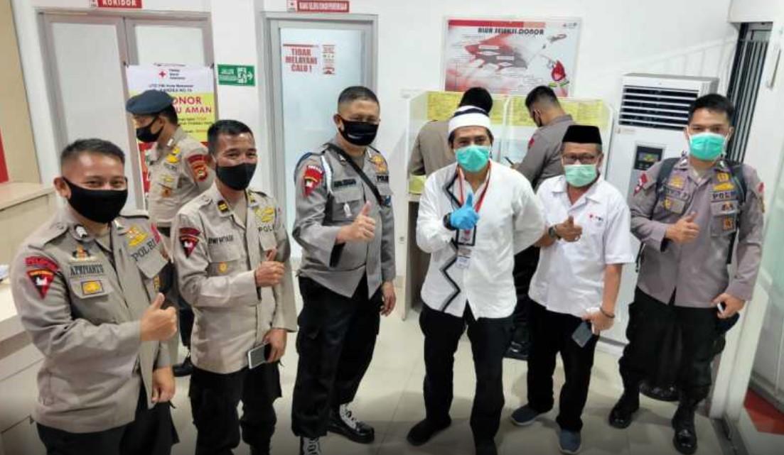 Bantu PMI dan Masyarakat, Anggota Brimob Donor Darah di Markas PMI Makassar