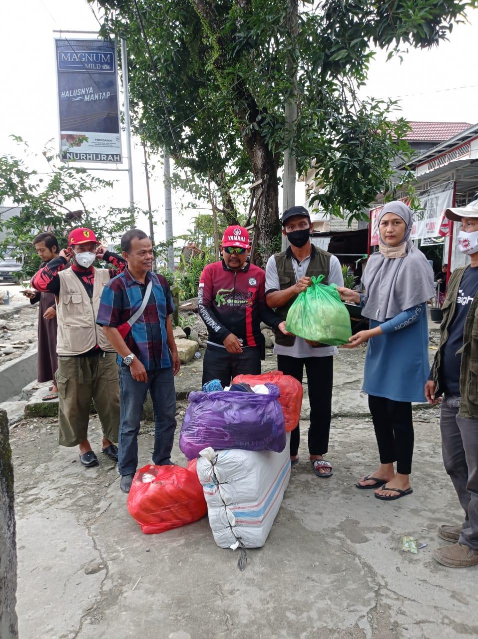 Bantuan Logistik Jamaah Masjid Nurul Tijarah Sinjai dan BAZNAS Telah Diterima Korban Bencana Masamba