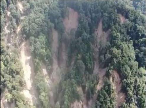 Beredar Video, Ratusan Titik Longsoran di Hulu Sungai Masamba dan Radda