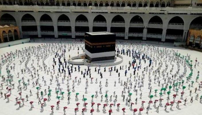 Buka Perjalanan Umrah, Arab Saudi Terapkan Prokes Ekstra Ketat