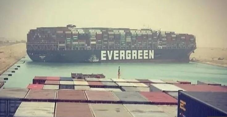 Buntut Kandasnya Kapal Ever Green, Terusan Suez Tuntut Kompensasi 1 Miliar Dollar AS