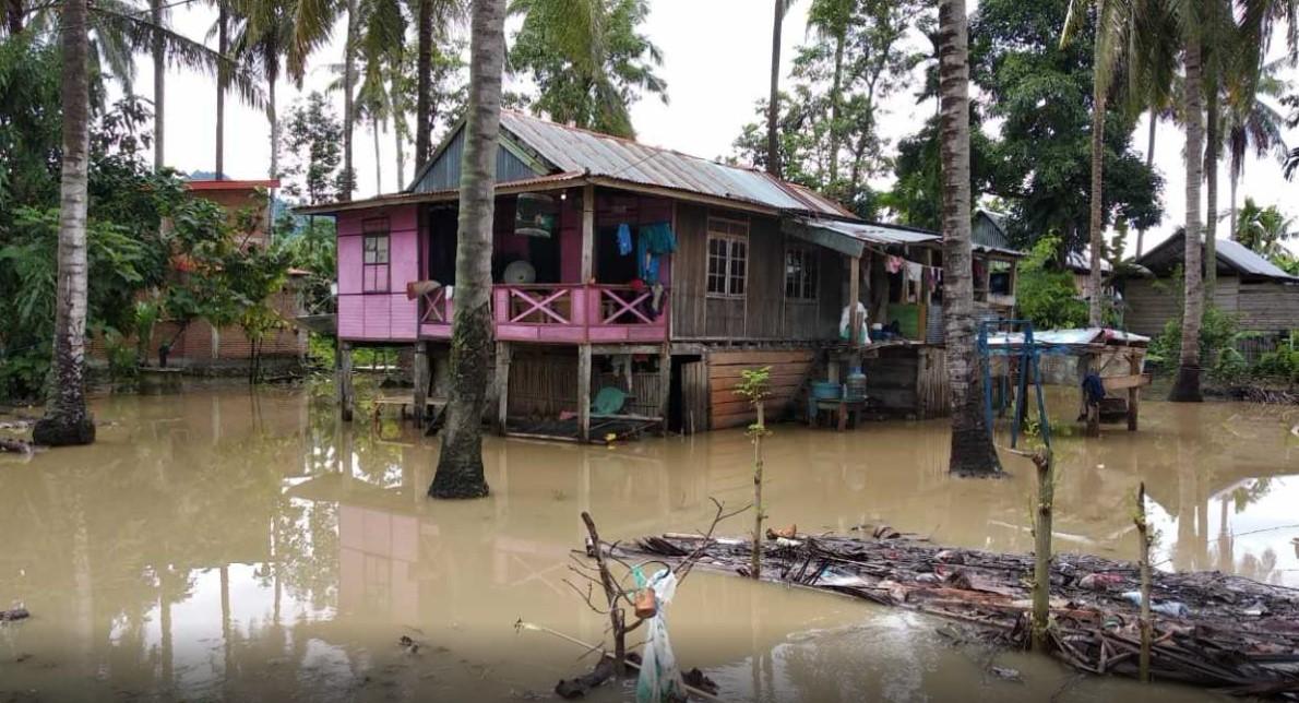 Bupati Polman Pantau Banjir, Ini Penyebabnya