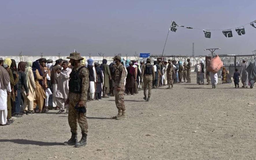 China Desak Warganya di Afghanistan Berpakaian Islami