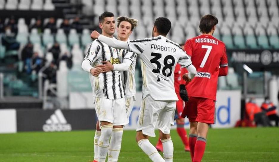 Coppa Italia 2020/21 : Kalahkan SPAL 4 Gol tanpa Balas, Juventus  Hadapi Inter di Semifinal