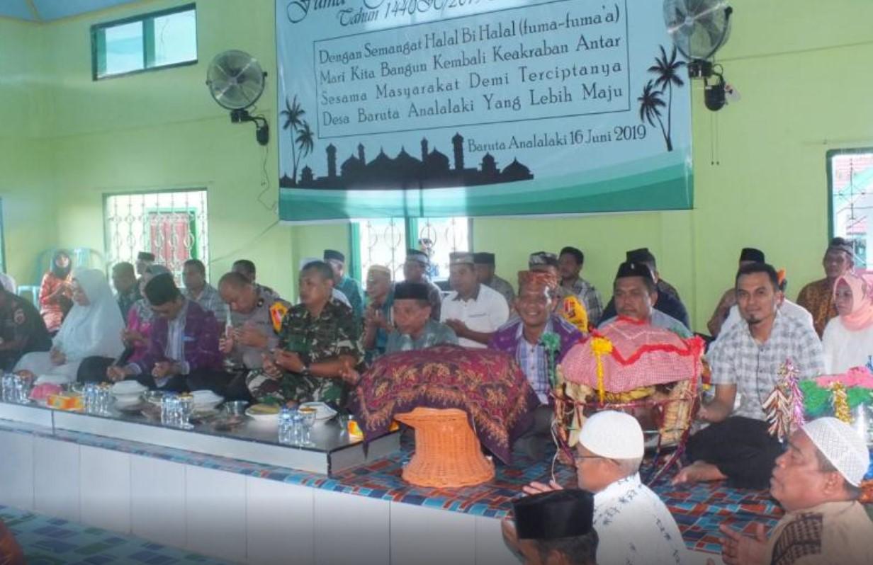 """Dampak Corona, Tradisi Kande-Kandea di Buteng Hanya """"Haroa"""" di Masjid"""