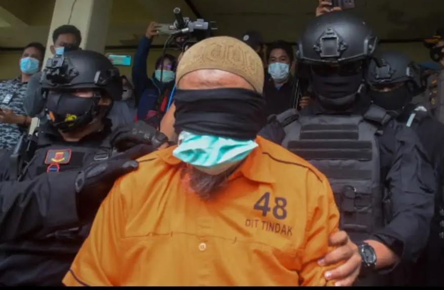 Densus 88 Kembali Tangkap 3 Orang Terduga Teroris di Makassar