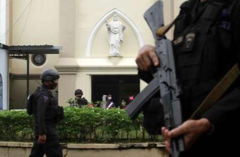 Densus 88 Tangkap 18 Orang Terkait Aksi Bom Bunuh Diri di Gereja Katedral Makassar