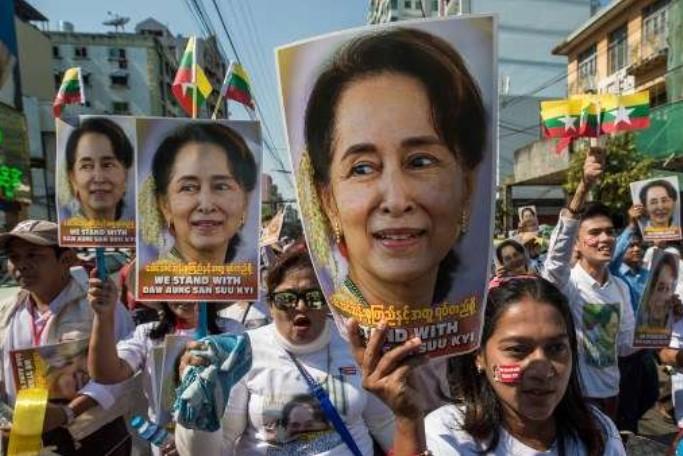 Dikudeta Militer, Benarkah Suu Kyi Bukan Lagi Prioritas Negara Barat?