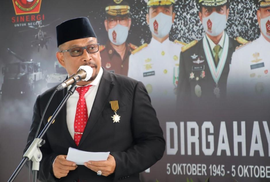 Dipimpin Presiden, Gubernur-Forkopimda Hadiri Upacara HUT ke-75 TNI