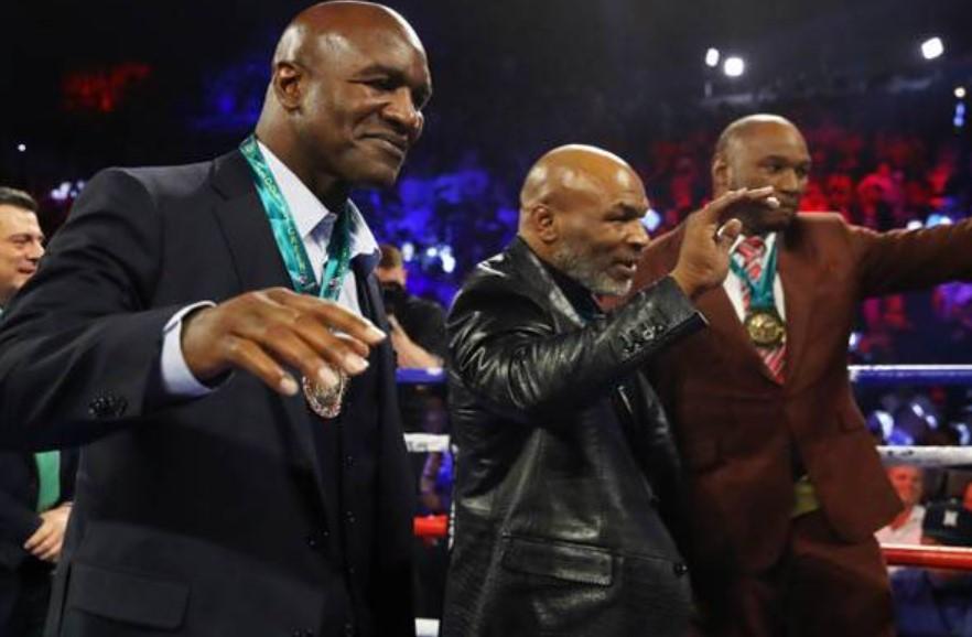 Dua Legenda Tinju Beri Dukungan Berbeda di Pertarungan Tyson Vs Jones