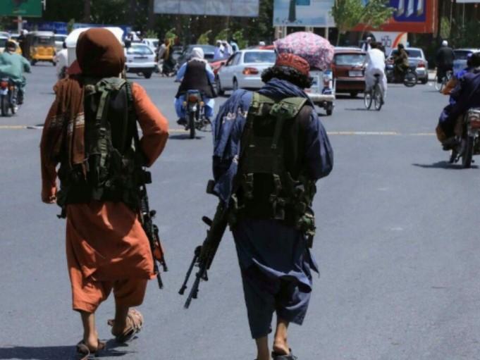 Duduki Kota Kabul, Taliban Minta Afghanistan Serahkan Pemerintahan