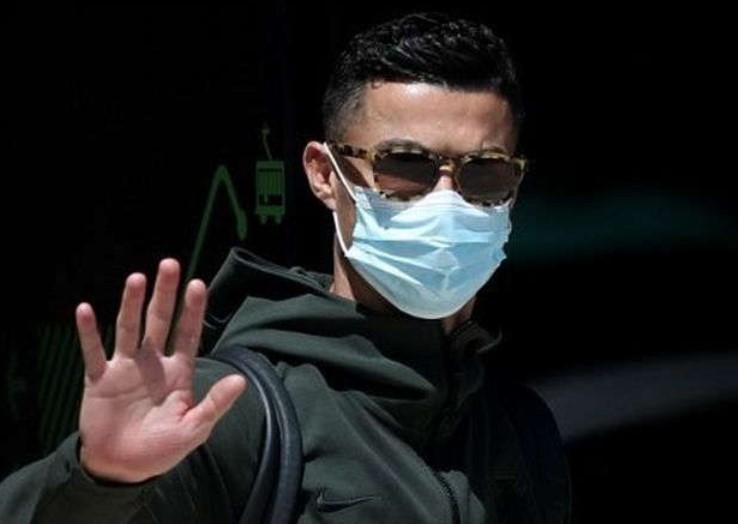 Gabung Man United, Ronaldo Hanya Butuh 10 Menit untuk Lewati Rekor Messi