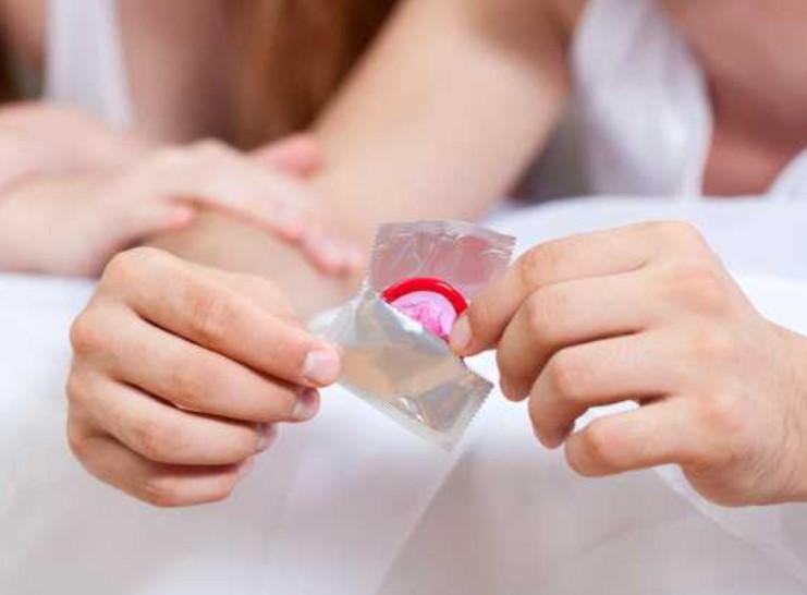 Gara-gara Kondom Tertinggal dalam Miss V, Perselingkuhan Istri Terbongkar