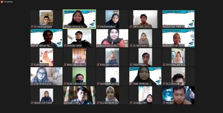 GenBI Adakan Pelatihan Menulis, Alumni Bagikan Tipsnya
