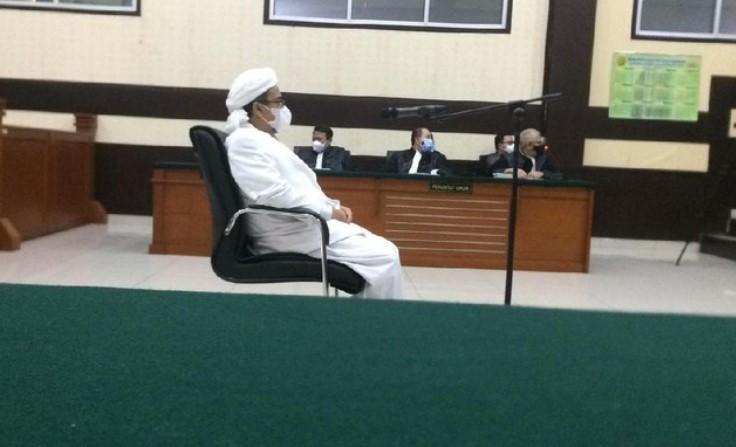 Habib Rizieq Sampaikan Terima Kasih ke Anies Baswedan dan Doni Monardo di Persidangan