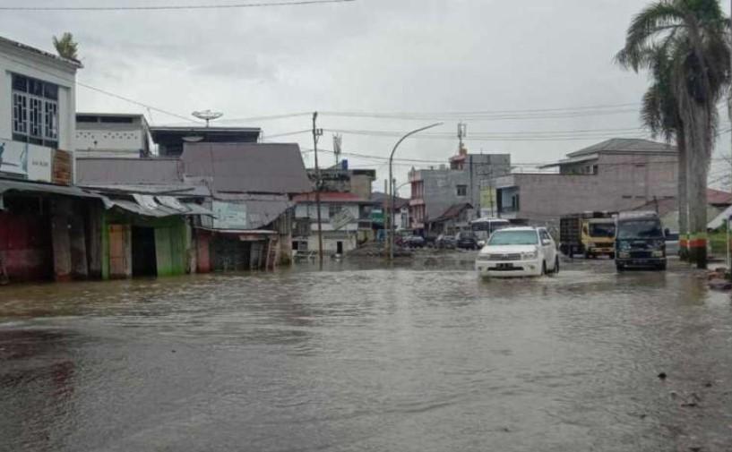 Hujan Deras, Kota Masamba Kembali Tergenang