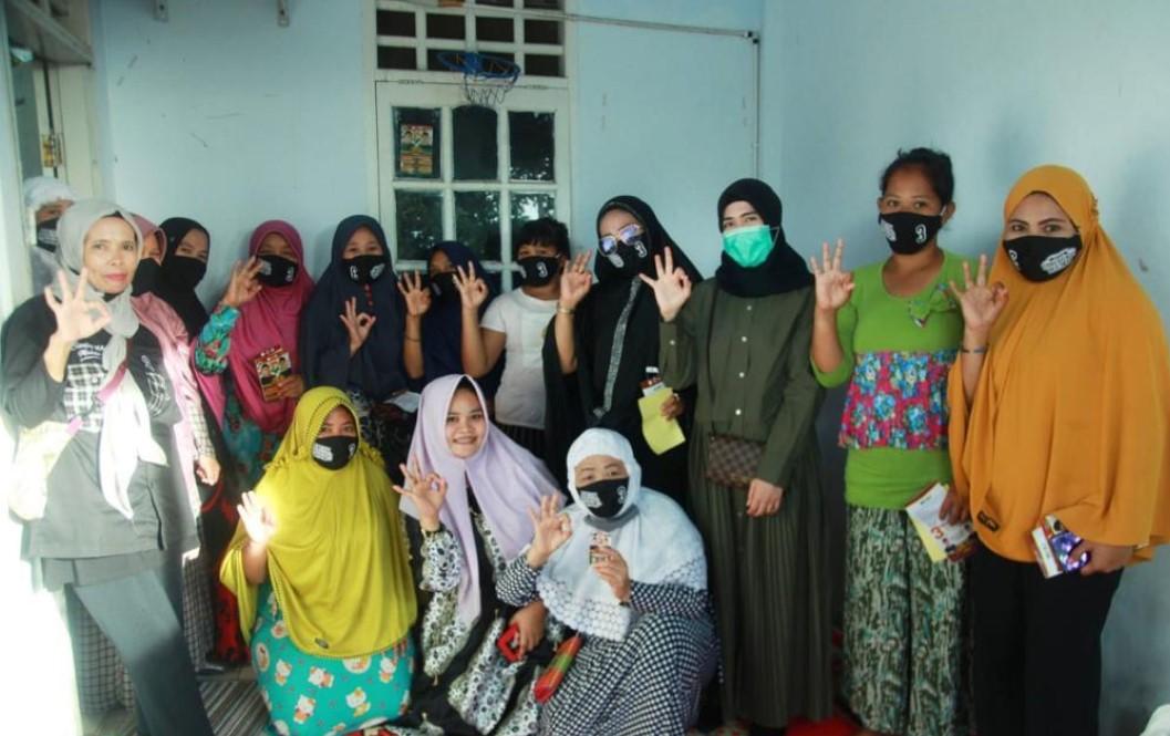 Idolakan Pemimpin Sombere`, Ibu-ibu Paccerakang Solid Dukung Dilan