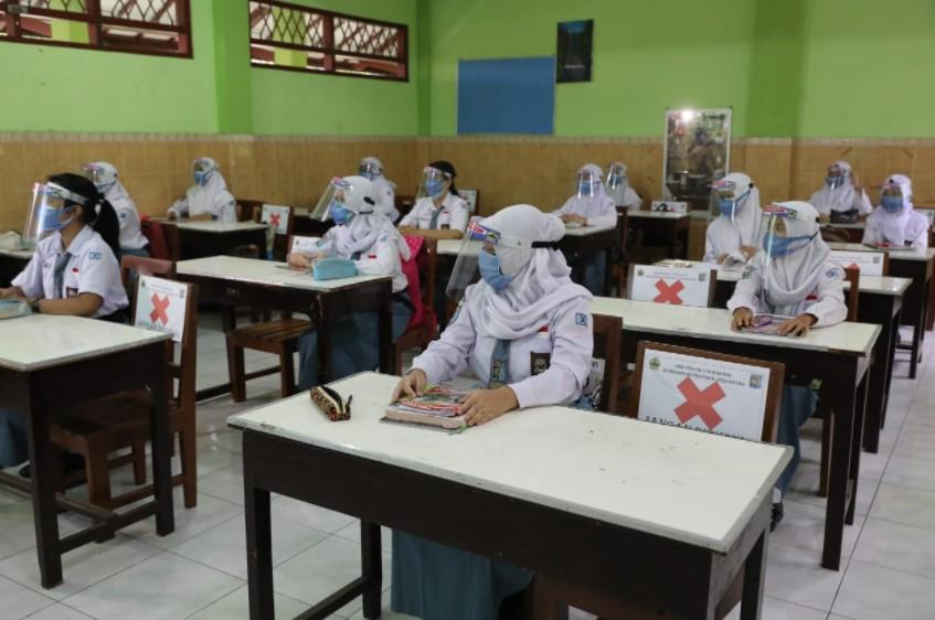 Ini 22 Daerah di Sulsel yang sudah bisa Melakukan Pembelajaran Tatap Muka Terbatas