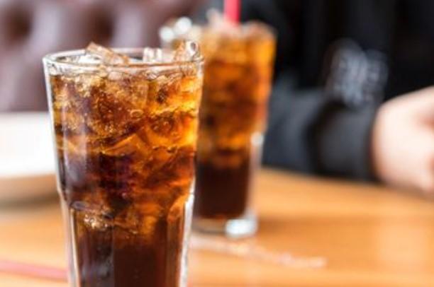 Ini Bahaya Sering Konsumsi Makanan dan Minuman Dingin