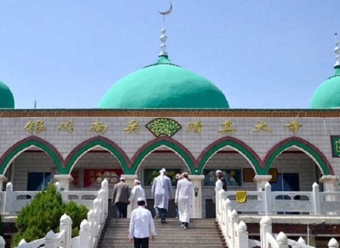 Ini Keutamaan Jalan Kaki Menuju Masjid untuk Salat Berjamaah