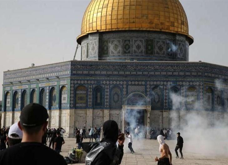 Ini Tujuan Serangan Israel Terhadap Jemaah di Yerusalem Menurut Pakar Kebijakan Global Palestina