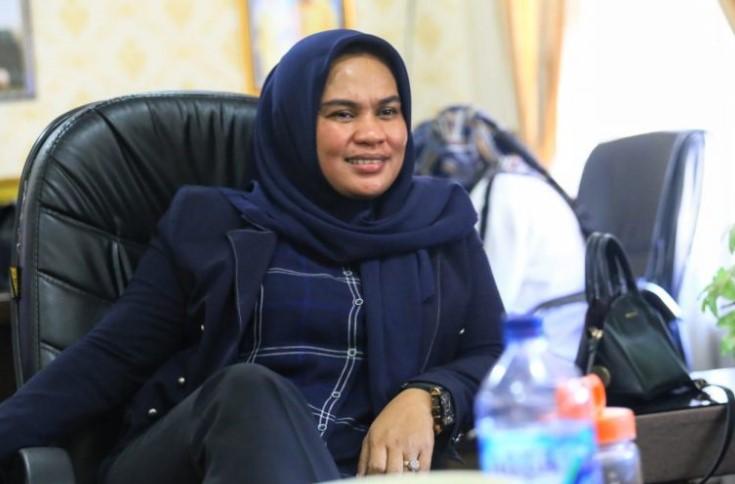 Irmawati; Dulu Jualan Es Manis, Sekarang Pimpinan DPRD Jeneponto