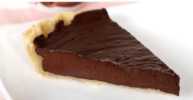 Jika Kamu Penikmat Kue Coklat, Bisa Coba Resep Pai Susu Cokelat Ini di Rumah
