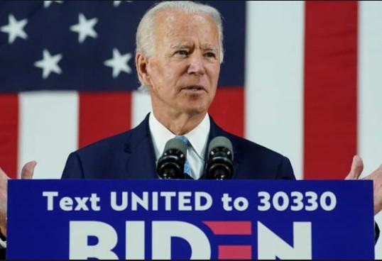 Joe Biden Sebut Trump `Virus` yang Harus Dikalahkan Sebelum Taklukkan Virus Corona
