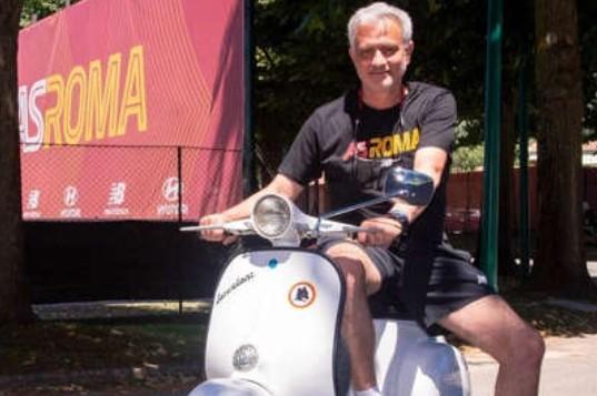 Jose Mourinho Ungkap Alasan Melatih AS Roma