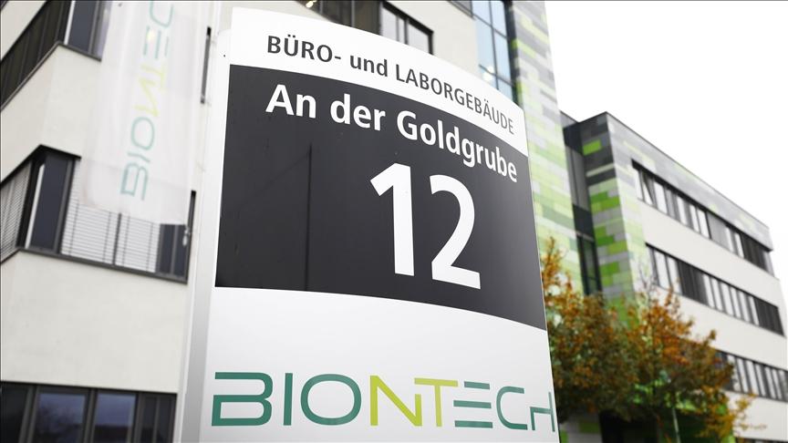Lawan Mutasi Corona, BionTech Yakin Mampu Buat Vaksin dalam 6 Pekan