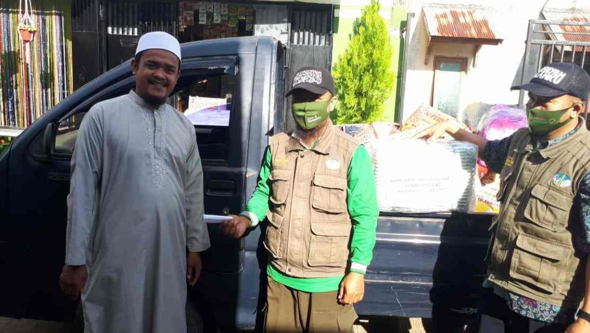 Masjid Ar Rahman Kembali Serahkan Bantuan untuk Masamba