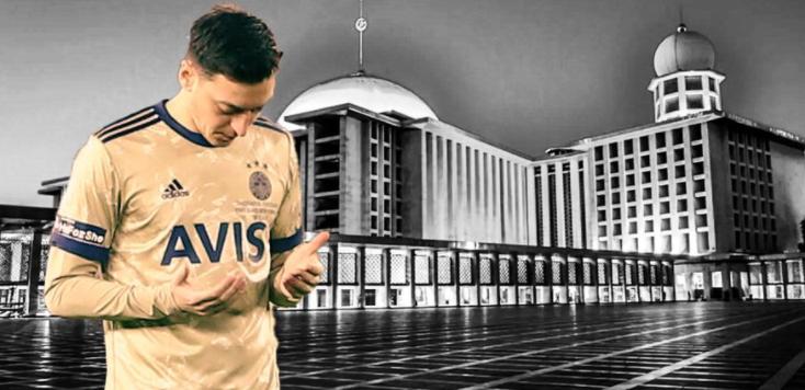 Mesut Oezil Cedera, Unggah Foto Berdoa di Twitter Latar Masjid Istiqlal