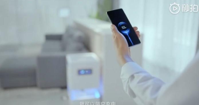 Mi Air Charge, Terobosan Xiaomi yang Mampu Isi Daya HP dari Jauh