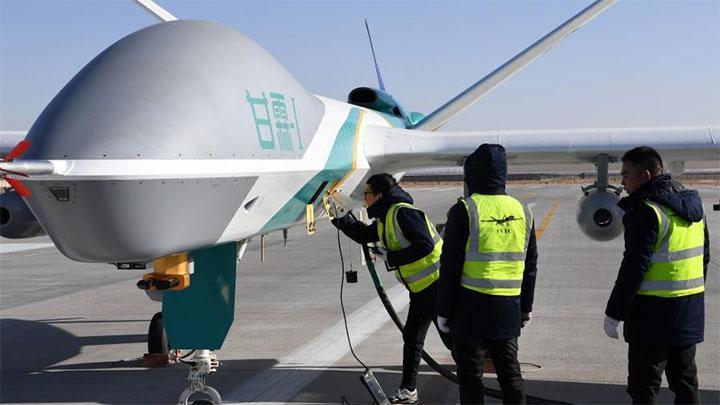 Misi Hujan Buatan, Cina Terbangkan Drone Berukuran Besar