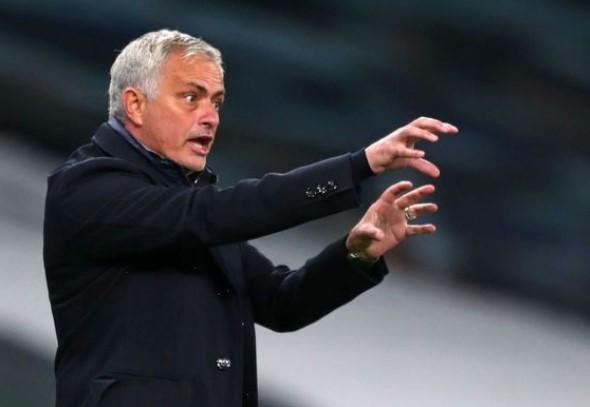 Mourinho Bawa Mental Kemenangan Spurs
