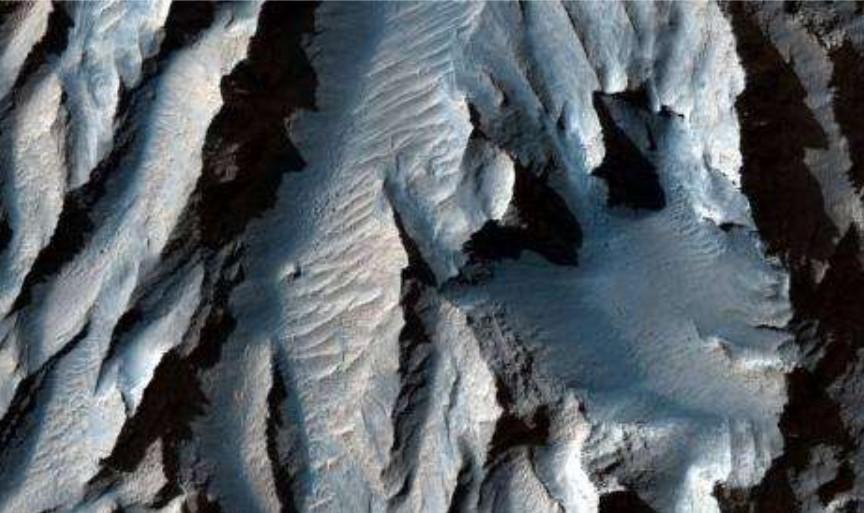 NASA Rilis Foto Grand Canyon Raksasa di Mars