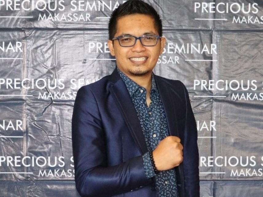 NILAI-NILAI BUDAYA SEBAGAI MARWAH PILKADA DAMAI <div><br></div> Oleh : Haeril Al Fajri <br>(Direktur Macca Indonesia Foundation-MIND)