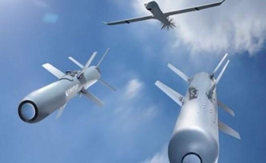 Pangkalan Militer Iran Diserang Drone Misterius
