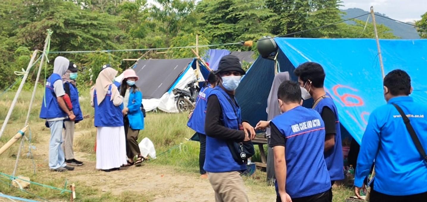 Peduli Gempa Sulbar : Tim KKN Entrepreneur Unifa Adakan Terapi Healing di Pengungsian
