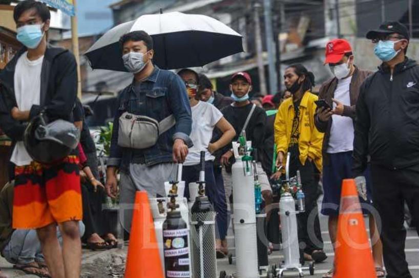 Penambahan Kasus Tembus 54 Ribu Orang, Media Asing Sebut Indonesia Salip India sebagai Pusat Covid-19